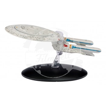 Star Trek Eaglemoss #1 USS Enterprise N.C.C. 1701-D starship model