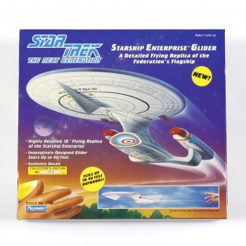 NCC-1701-D Glider starship model - Star Trek Next Generation